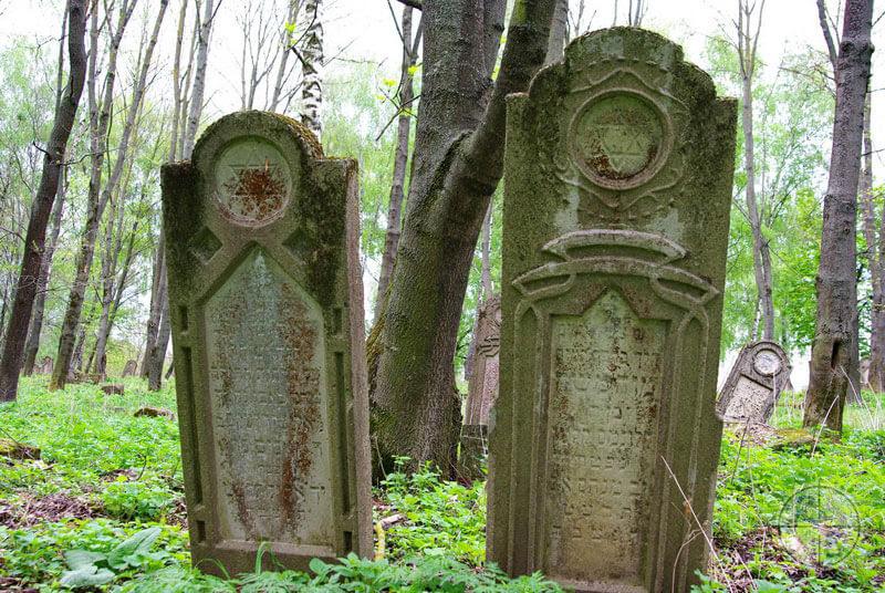 Old Jewish graves Horodenka
