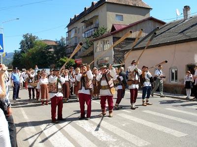 hutsul festival rakhiv trembita players
